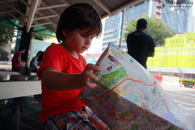 Чем занять ребенка в путешествие? Топ наших книжек с заданиями